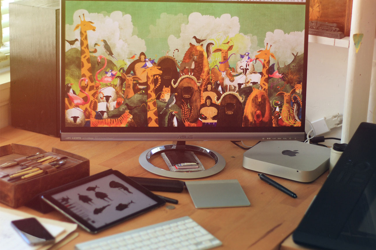 Jago Silver Mac Mini setup