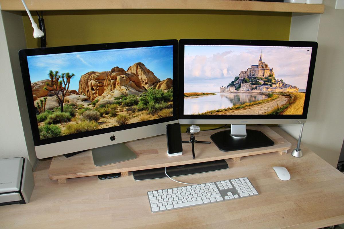 Koen Adam's desk