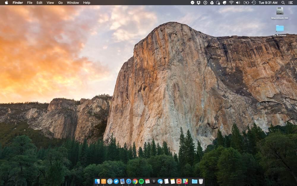 Bradley Chambers' MacBook Pro desktop