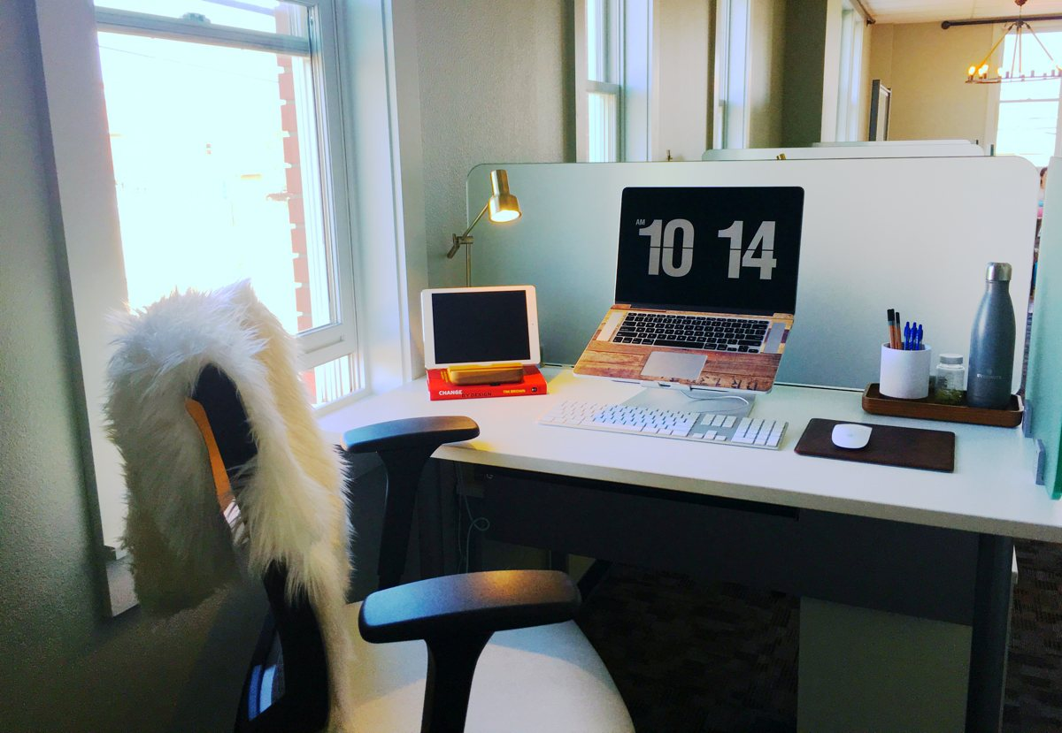 Bethany Stephens' work desk