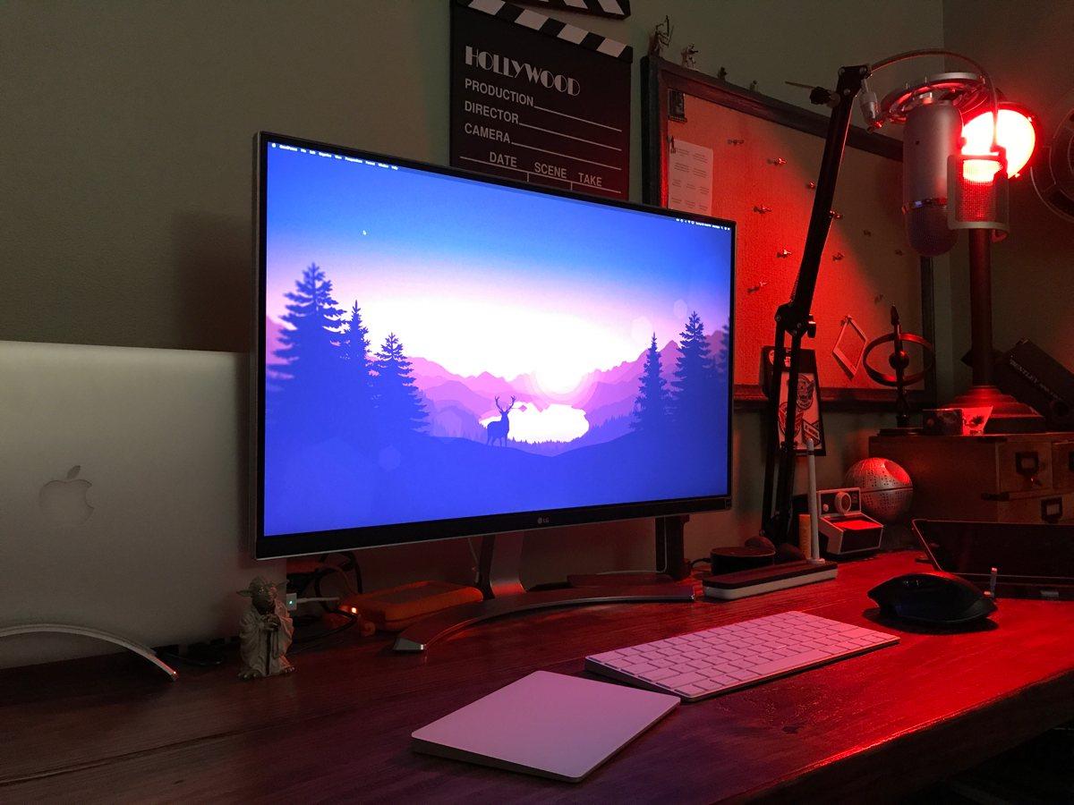 Kris Rojas' desk