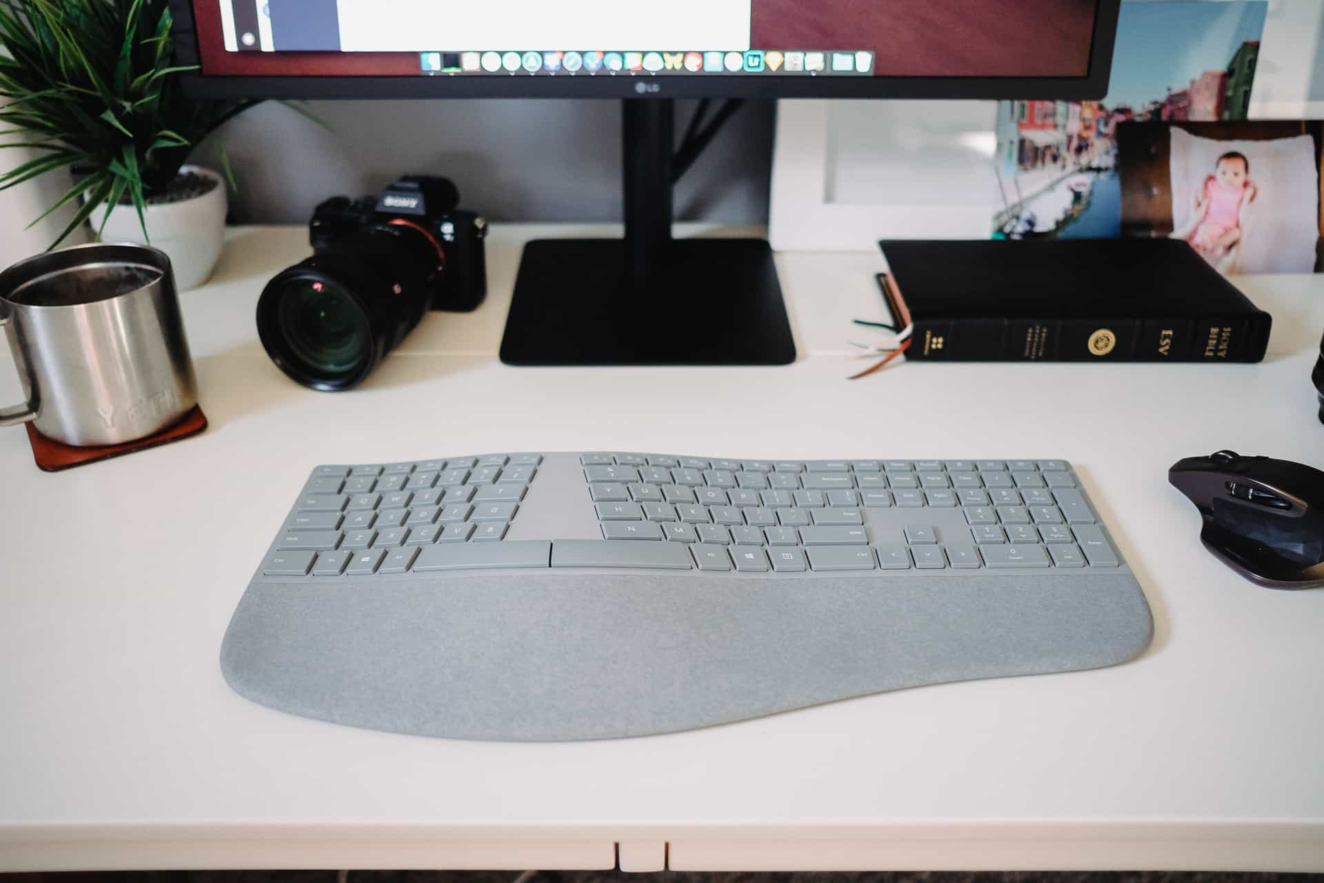 microsoft surface keyboard pairing mode