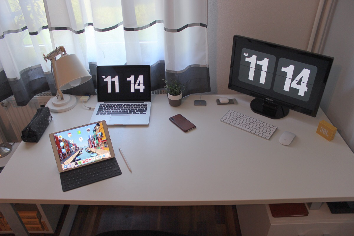 Michael Wandl's desk