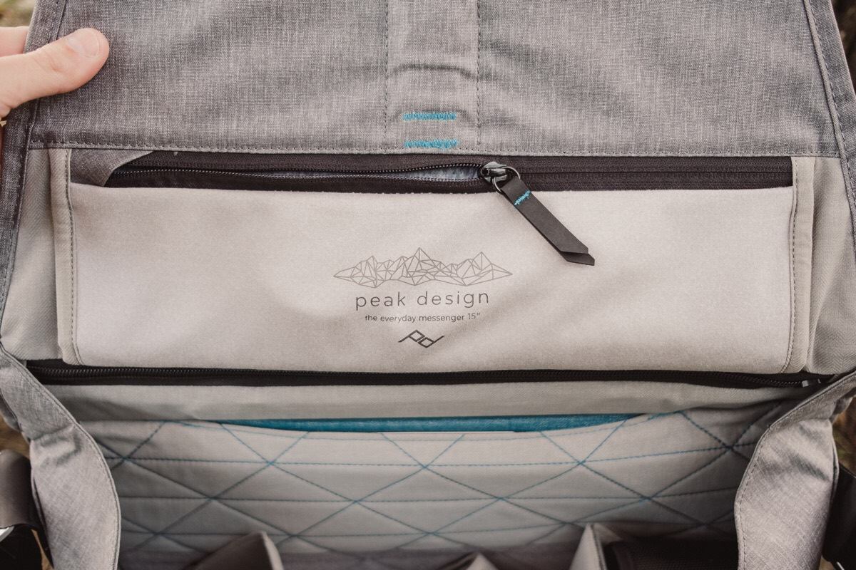 A Review Of The Peak Design Everyday Messenger Camera Bag Shell Large Inside Top Flap Is Another Extra Long Zippered Compartment For Storing Any Lengthy Objects You May Need To Carry This Sleeve Could Also Be Good