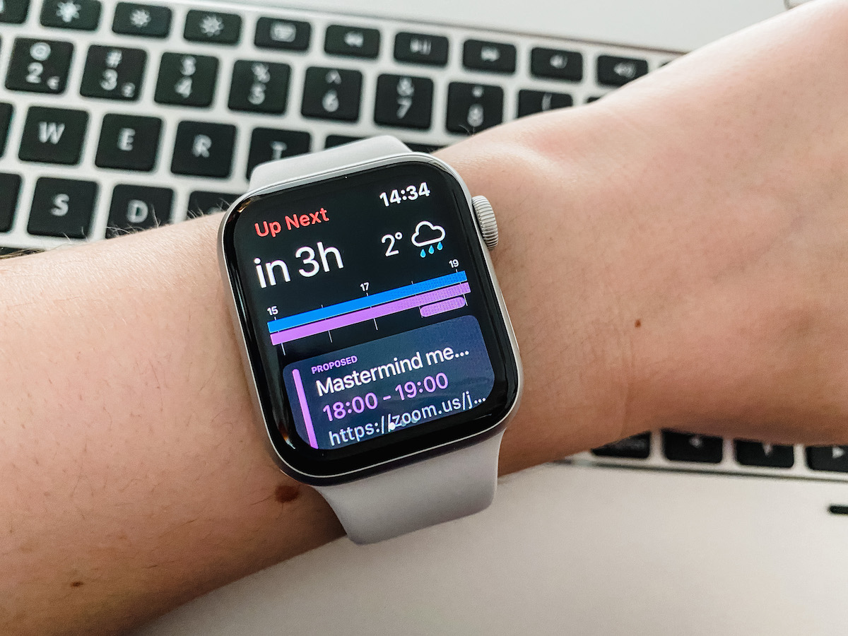 Fantastical on Apple Watch hero image