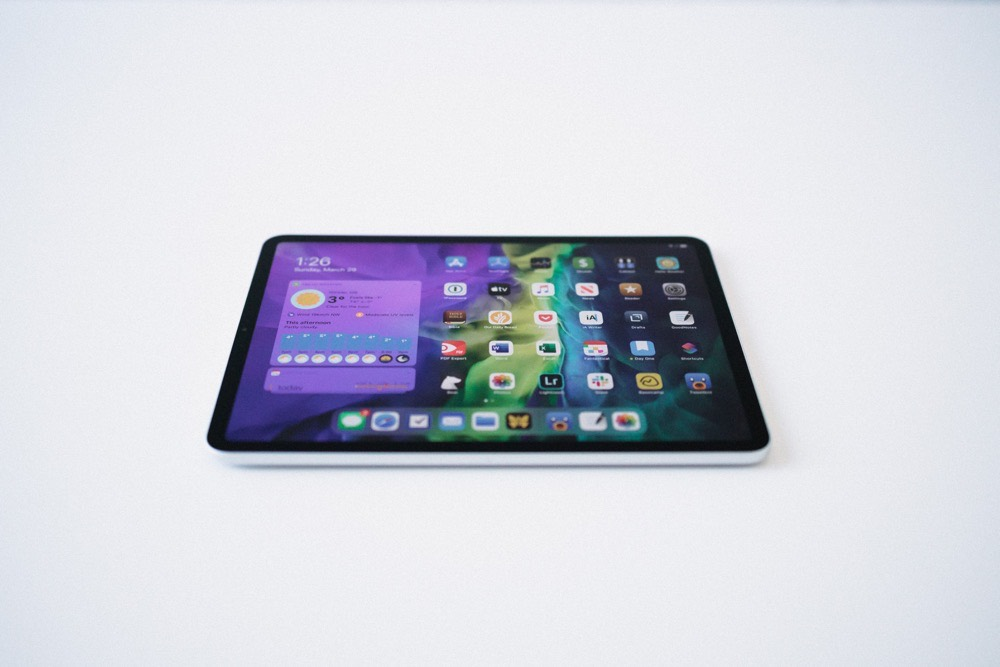 One Week With the New 2020 iPad: Moving Back to Small