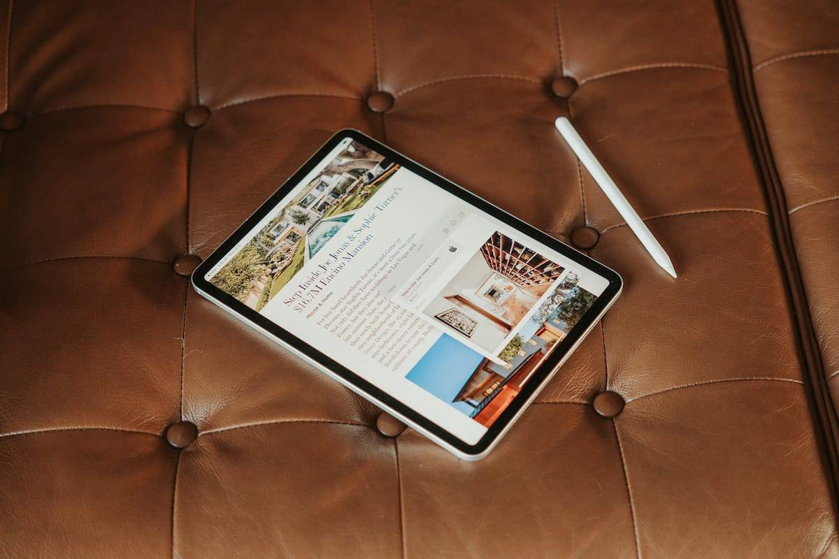 A Close Look at the New Quick Notes Feature in iPadOS 15 and macOS Monterey